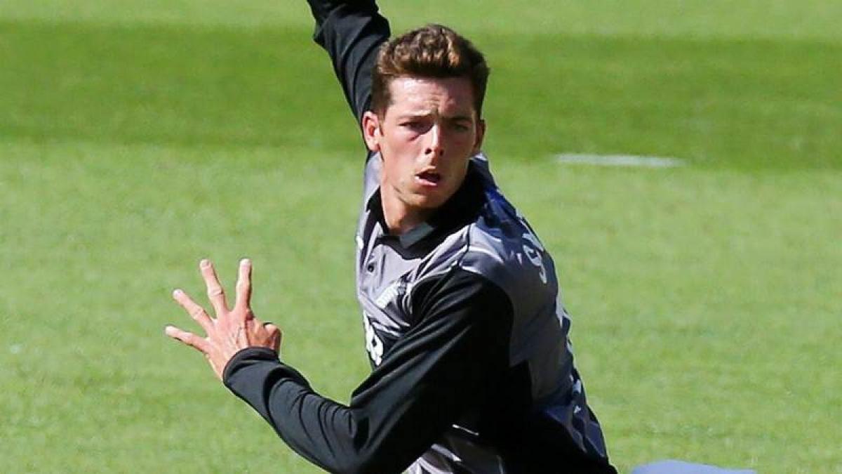 Mitchell Santner predicts high-scoring India-New Zealand series
