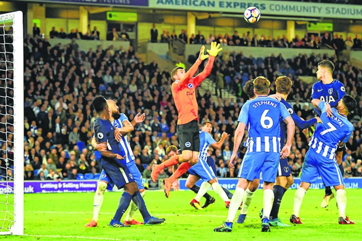 Kane strikes, but Tottenham held by Brighton