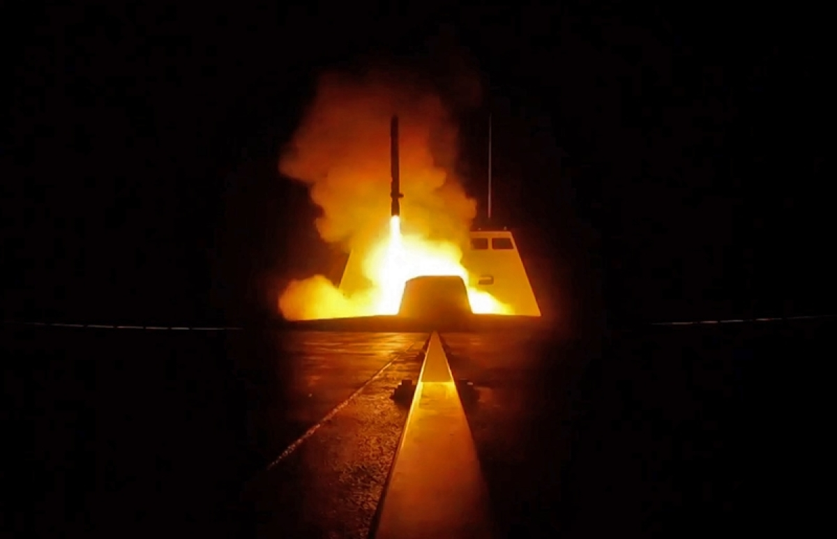 """A picture released by the French Defence audiovisual communication and production unit (ECPAD) shows the launching of a cruise missile from a French military vessel in the Mediterranean sea towards targets in Syria overnight April 13 to 14, 2018. The United States, France and Britain carried out a wave of punitive strikes against Bashar al-Assad's Syrian regime in the early hours of April 14, 2018 in response to alleged chemical weapons attacks. / AFP PHOTO / ECPAD AND AFP PHOTO / Handout / RESTRICTED TO EDITORIAL USE - MANDATORY CREDIT """"AFP PHOTO / ECPAD"""" - NO MARKETING - NO ADVERTISING CAMPAIGNS - DISTRIBUTED AS A SERVICE TO CLIENTS"""