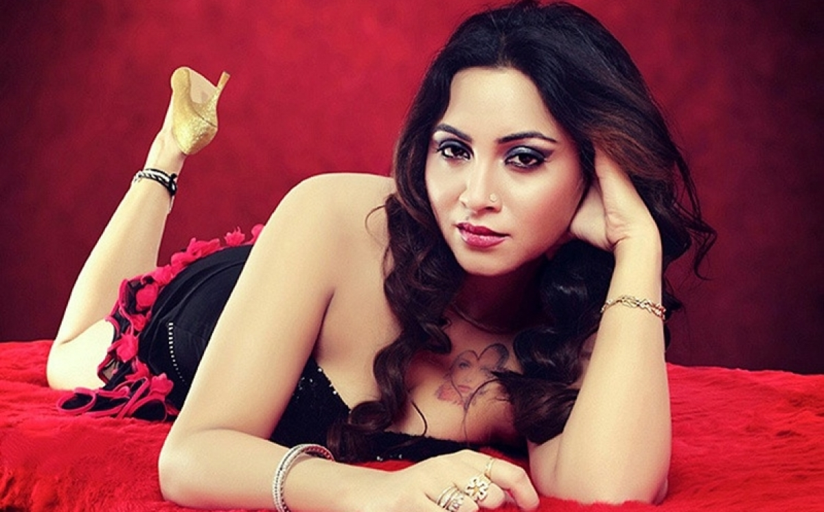 Arshi Khan: Media should leave some space for celebs when it comes to their personal and professional life