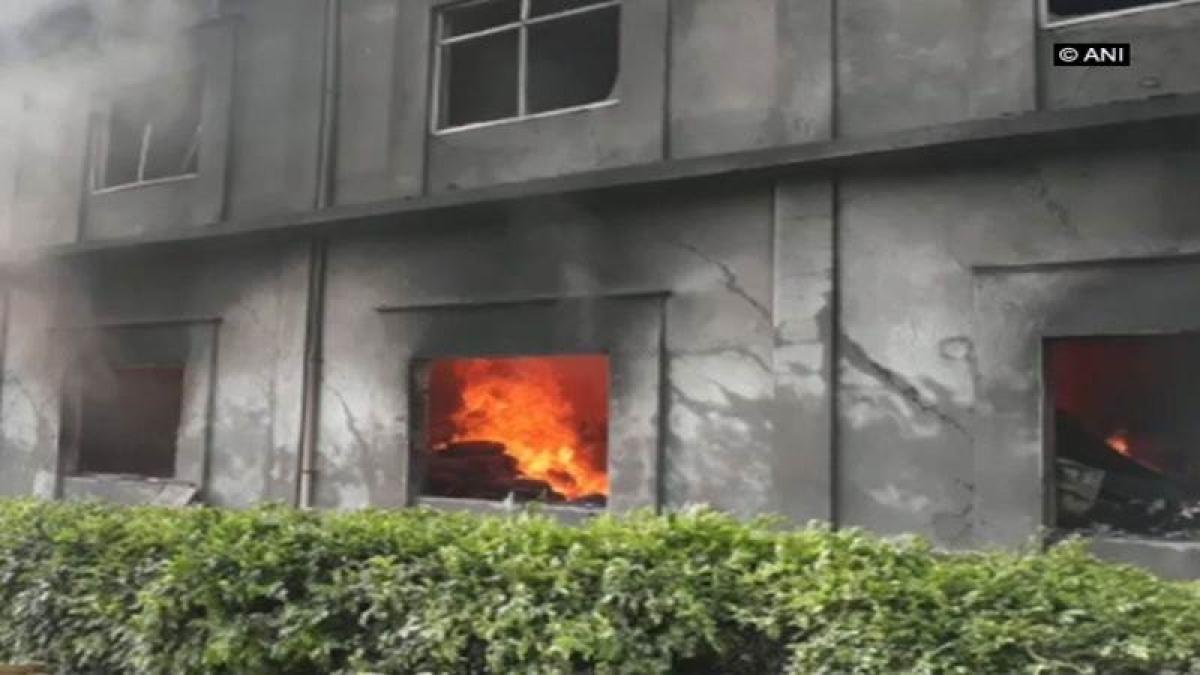 Mumbai: City witnesses no major fire mishap during Diwali