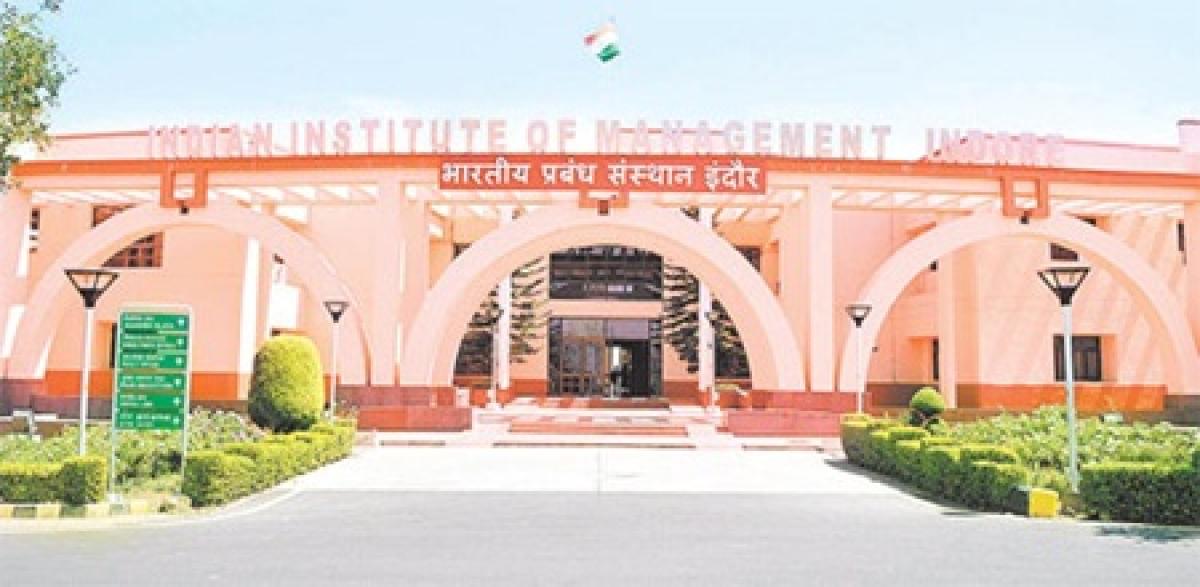 Indore: IIM-I alumni discuss entrepreneurship