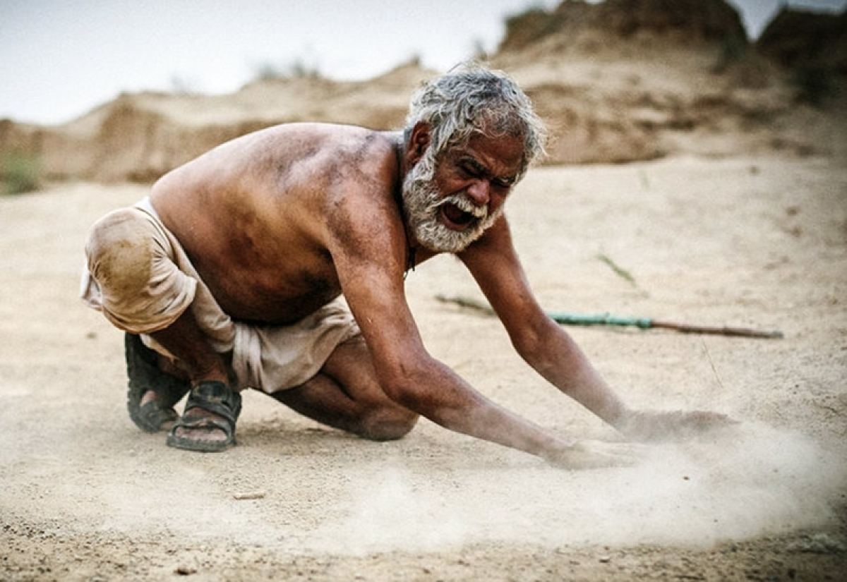 Sanjay Mishra's 'Kadvi Hawa' to be screened at Beijing film gala