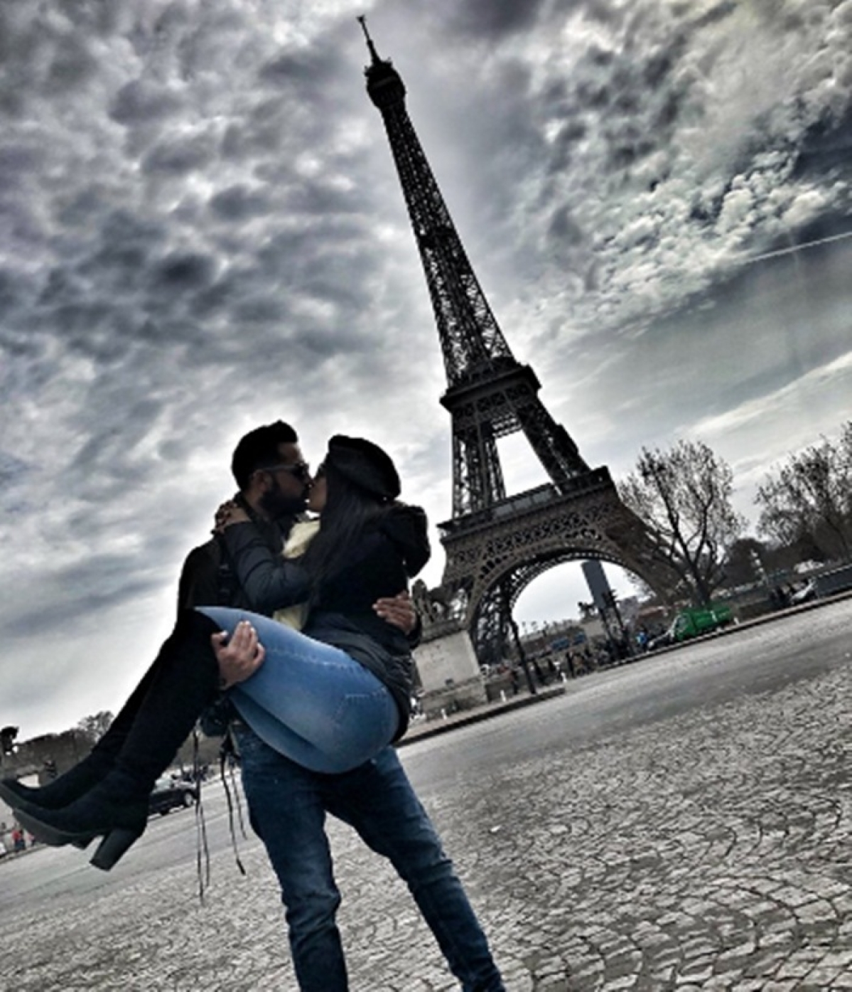 Lovebirds! Ishita Dutta and Vatsal Seth kiss under the Eiffel Tower in Paris and pic goes viral; [see pic]