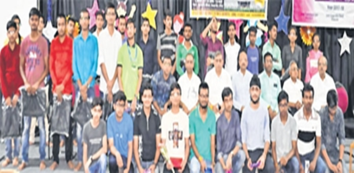 Ujjain: MIT holds pre-engineering-pharmacy talent search exam