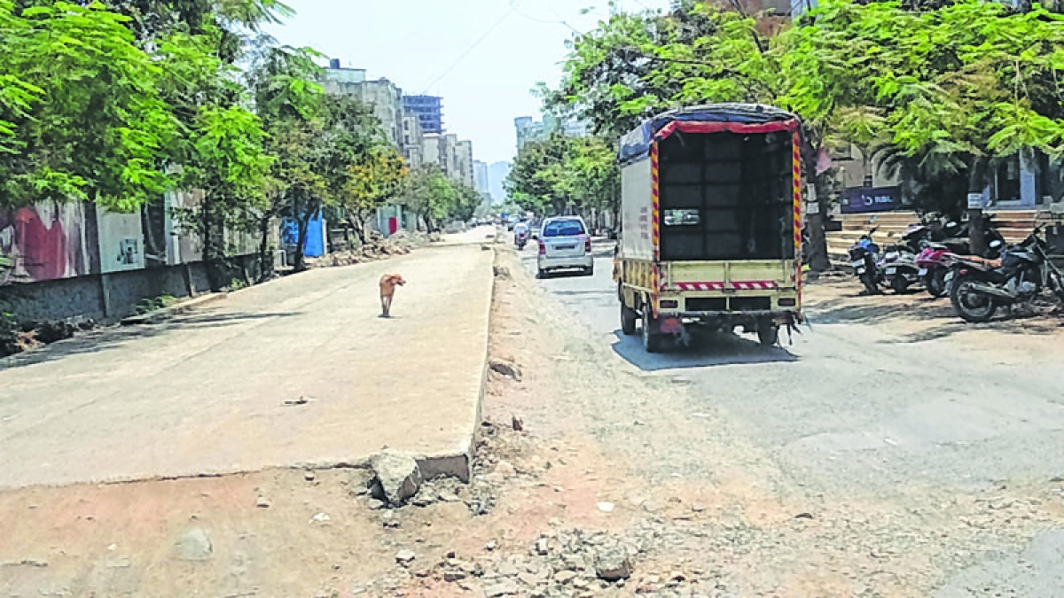 MBMC spends `100 cr on road repairs only 'cosmetic' in nature