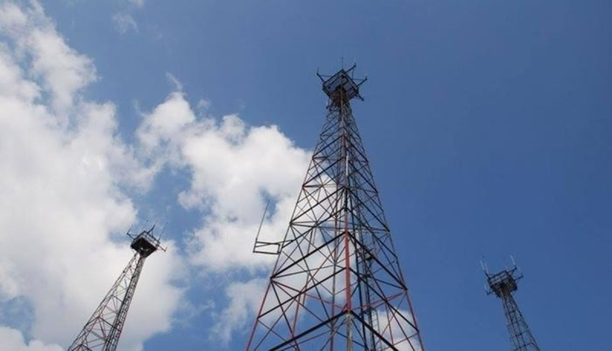 Sindhudurg to get 184 more mobile towers, broadband in all panchayats
