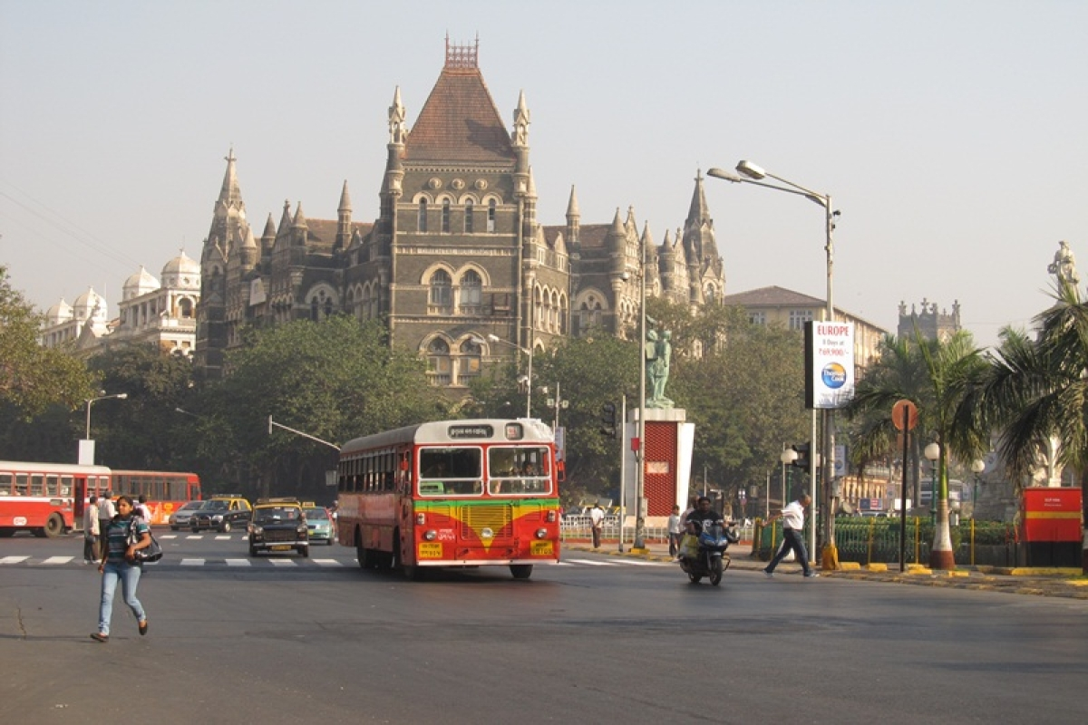 Mumbai: City corporators question quality of painted road signs
