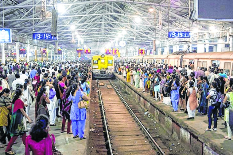 Central Railway Mumbai Division: To curb unauthorised hawkers, platform vendors get nod