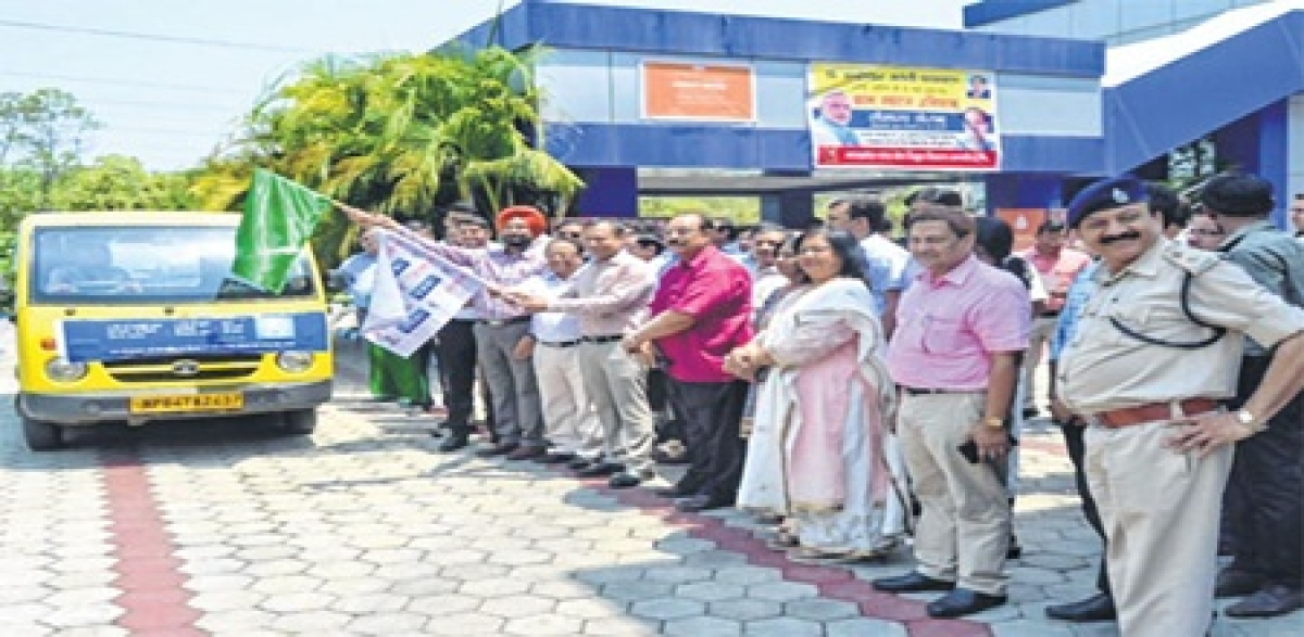 Bhopal: UJALA van flagged off, to distribute LED bulbs in 404 villages