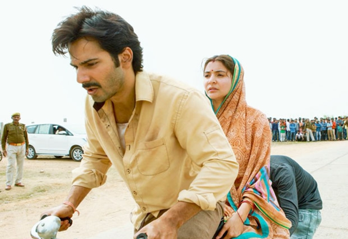 Sui Dhaaga stars Varun Dhawan and Anushka Sharma promote road safety with Delhi police