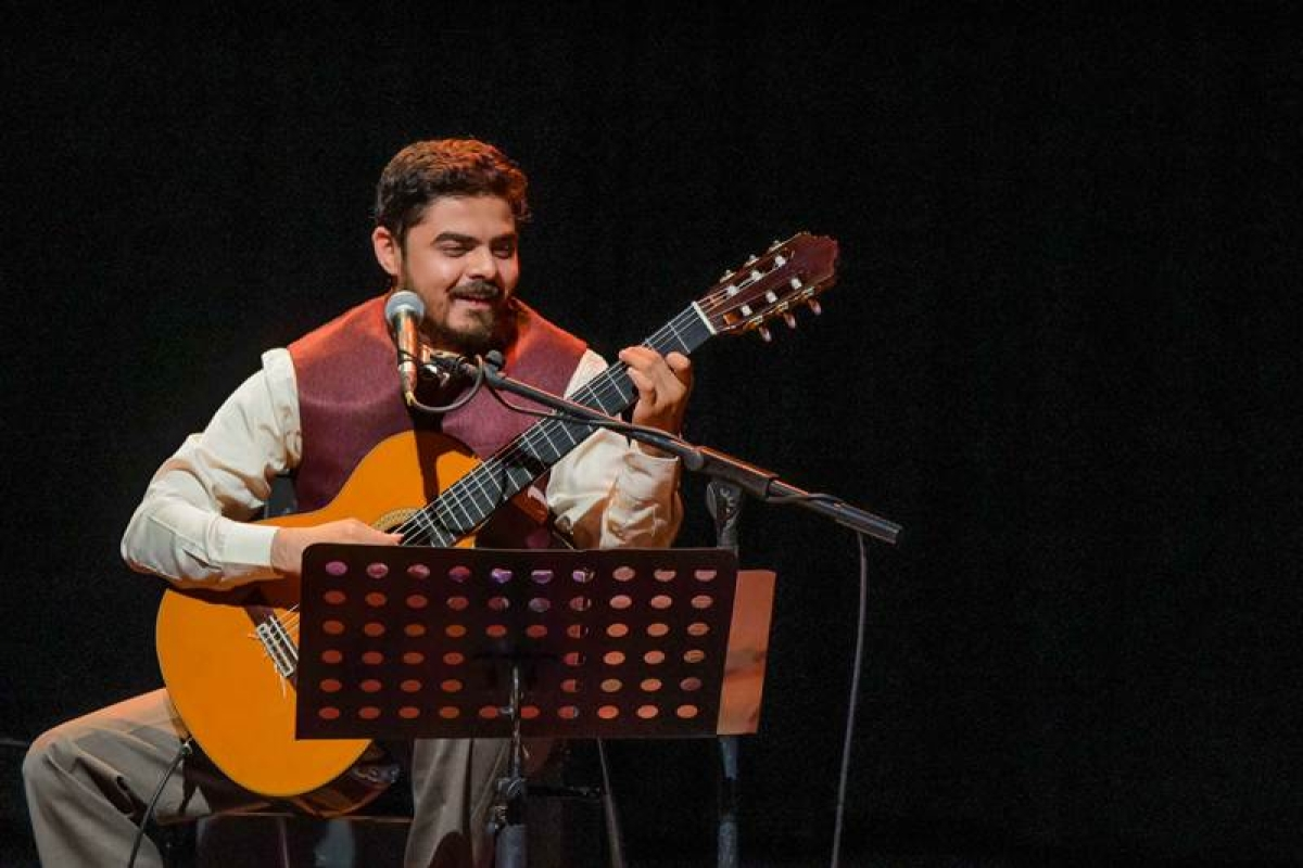 Soothing Spanish Strains: A classical performance by guitarist and composer Santanu Datta