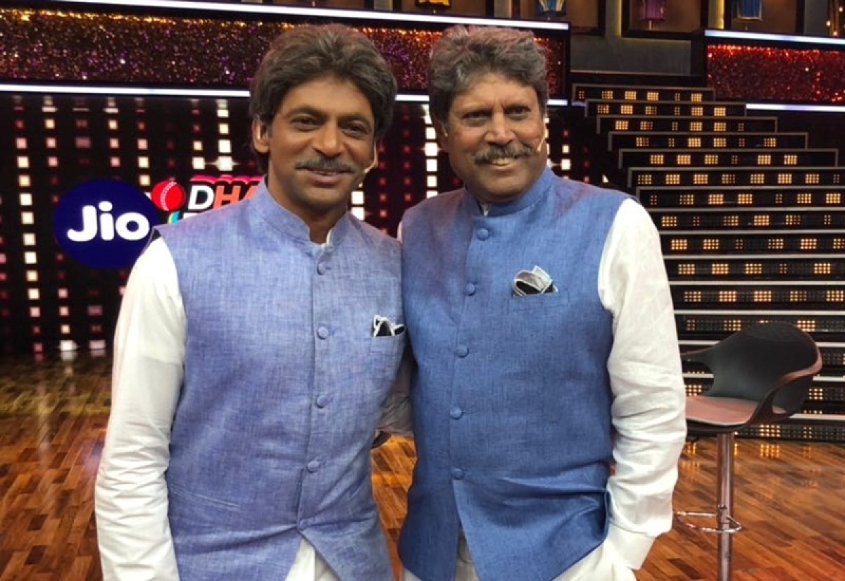 Spot the difference! Sunil Grover plays convincing Kapil Dev on 'Jio Dhan Dhana Dhan'