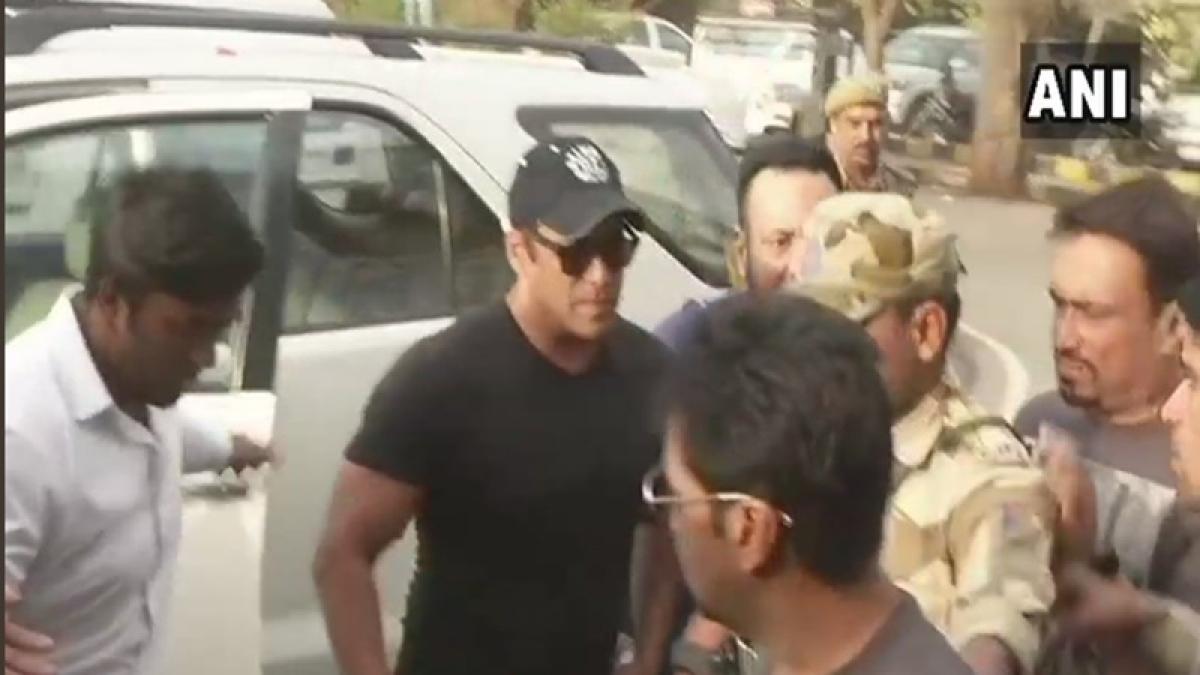 Blackbuck Poaching case: Out on bail, Salman Khan reaches Mumbai from Jodhpur