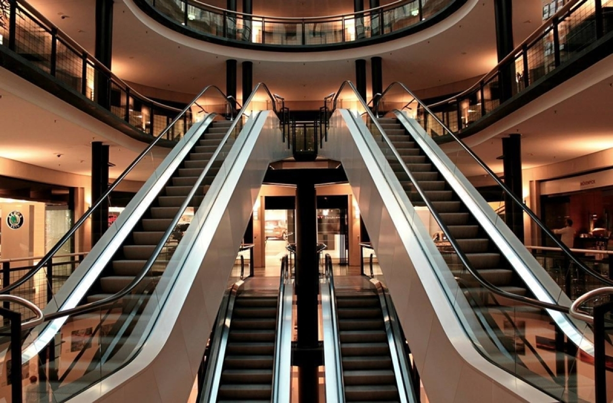 Chennai: 10-year-old boy dies after bag stuck in escalator