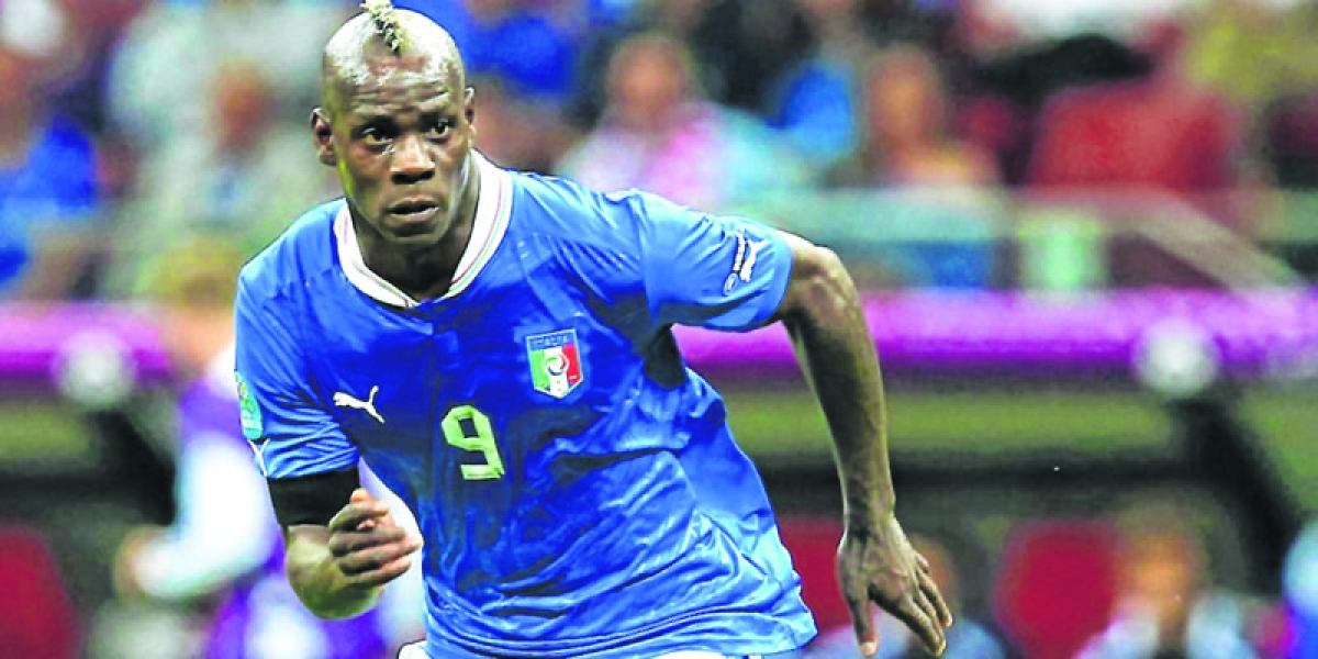 Costacurta hails Balotelli return; Mancini vows Italy 'rebirth'