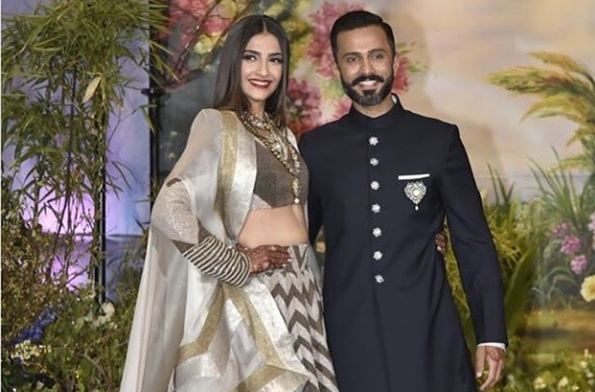 Fashionista jodi Sonam Kapoor-Anand Ahuja to be special guests at Giorgio Armani's show in Milan