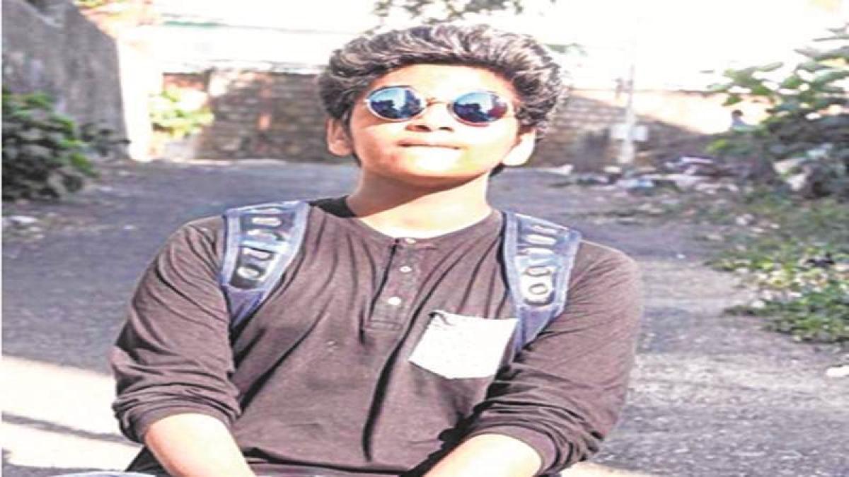 Mumbai: Cop's son dies at rave party