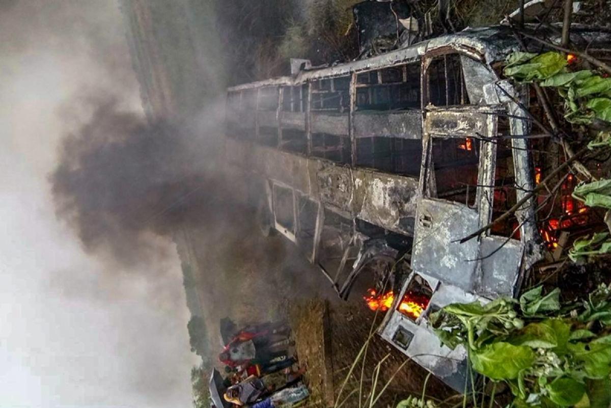 Navi Mumbai: Bus catches fire, all passengers safe