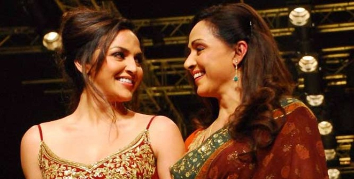 Esha Deol rubbishes rumours of Hema Malini's ill health, says 'my mother is fit and fine'