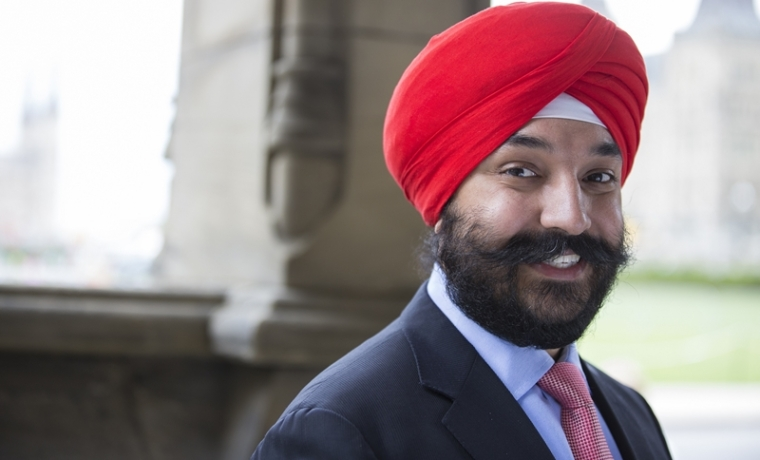 Canada cabinet minister Navdeep Bains asked to remove turban at Detroit airport, US officials apologises