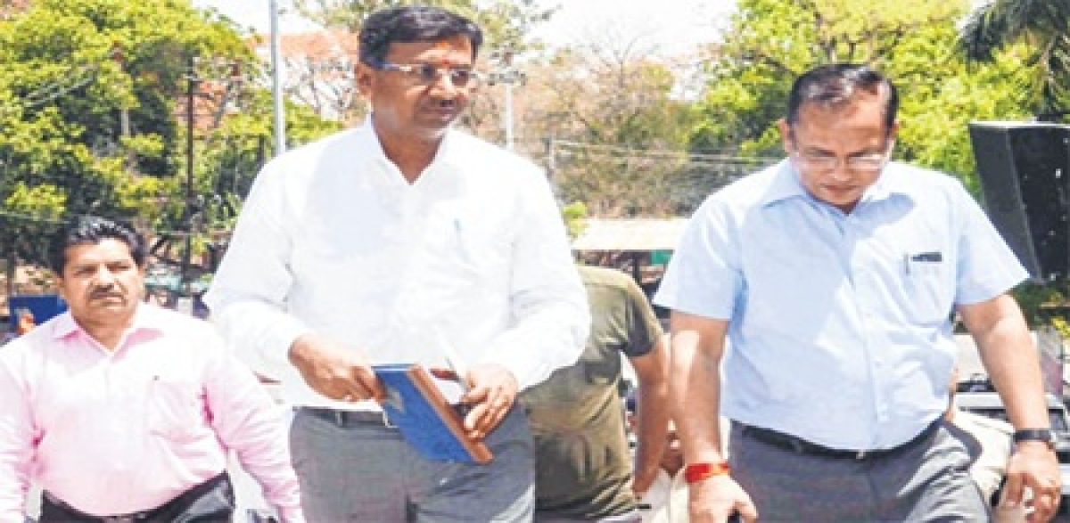 Ujjain: New collectorand district magistrate Manish Singh takes chargeof the city