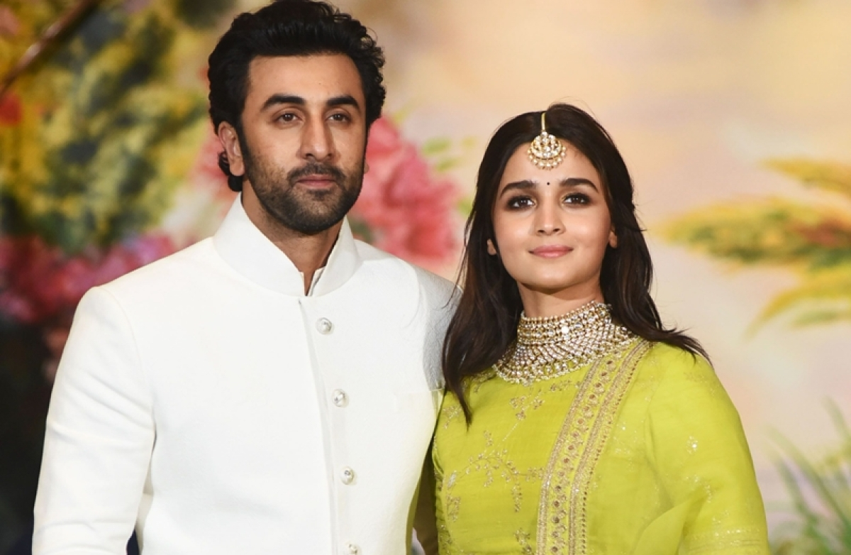 Wedding Bells? Ranbir Kapoor and Alia Bhatt's parents may meet formally after wrap of Brahmastra shoot!