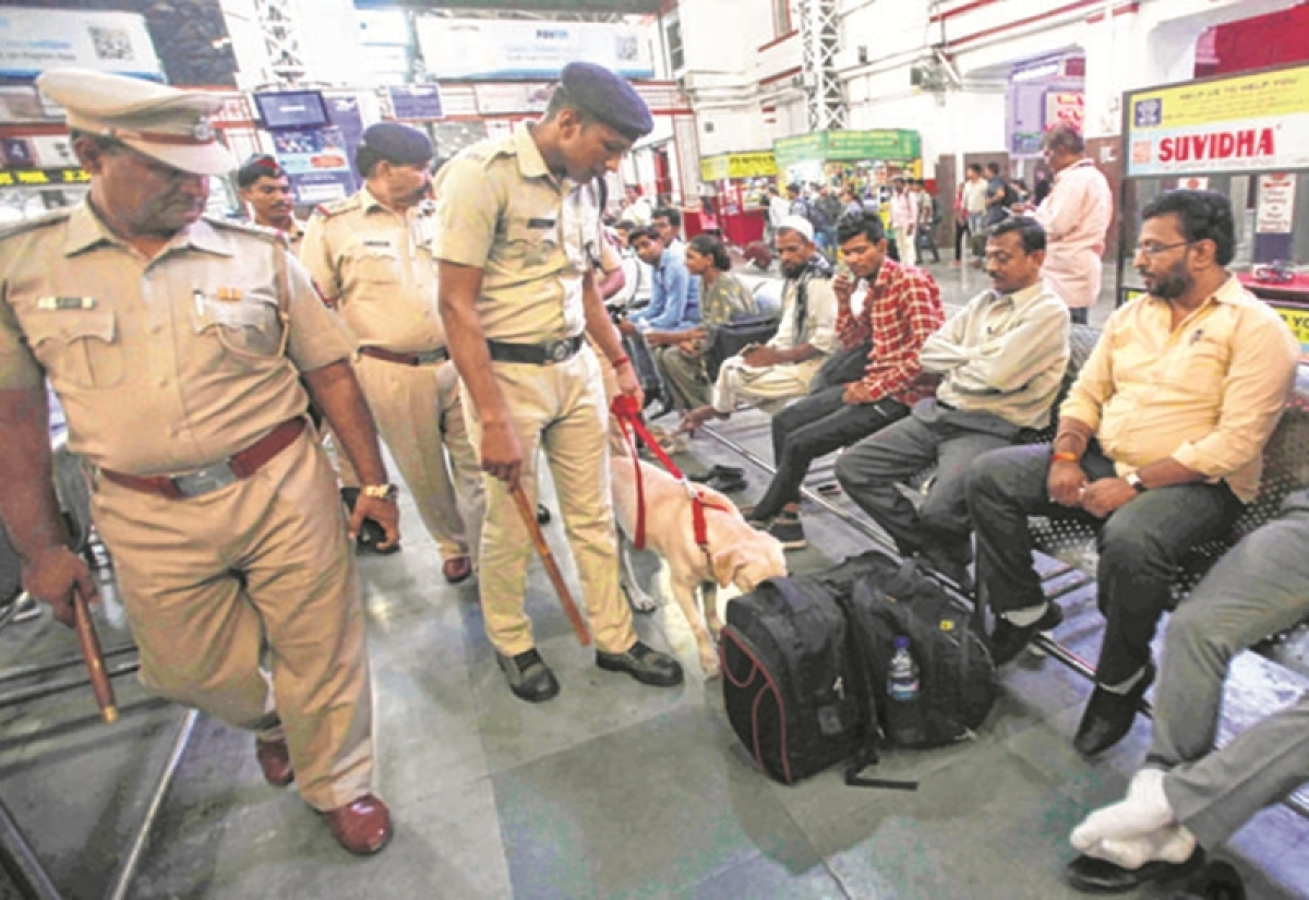 Threat call: Security stepped up at Mumbai's railway stations