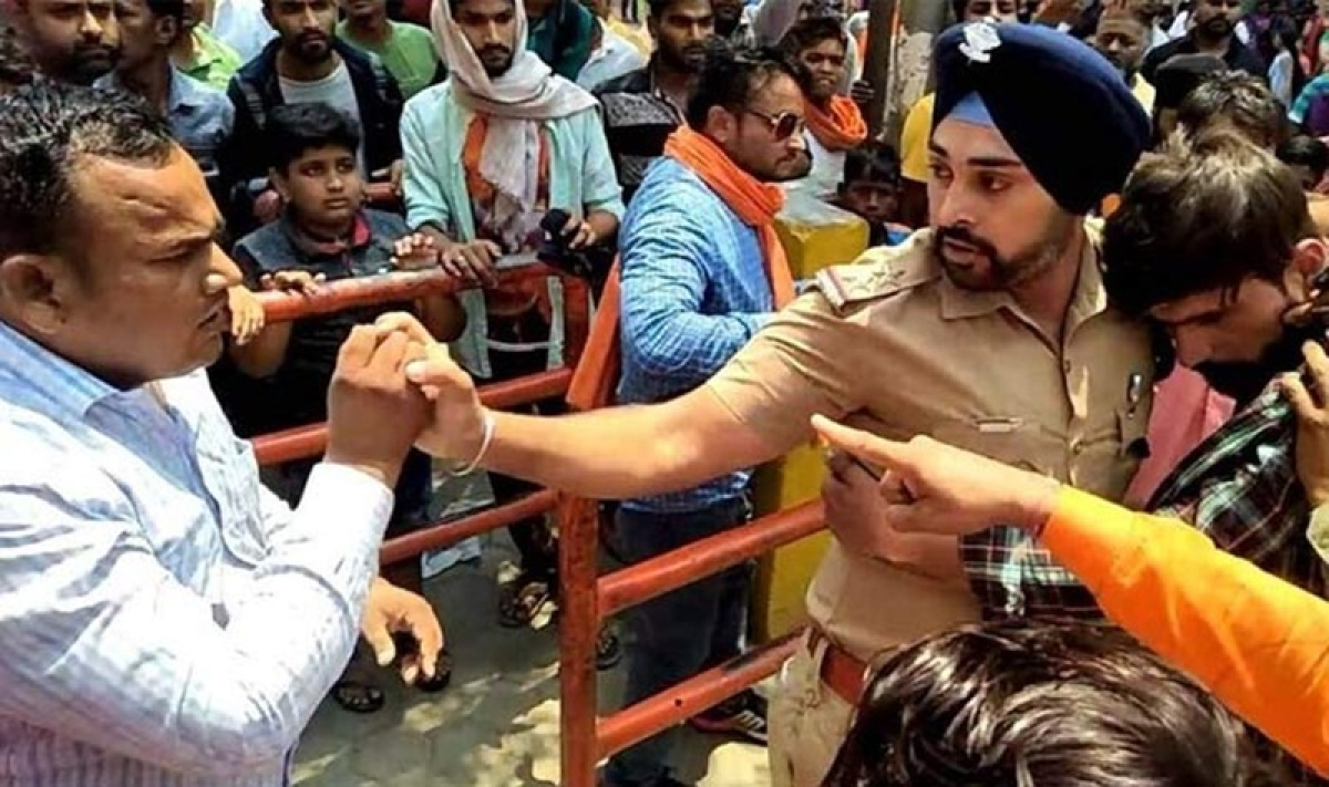 Sikh police officer saves Muslim youth from mob lynching in Uttarakhand wins hearts on social media