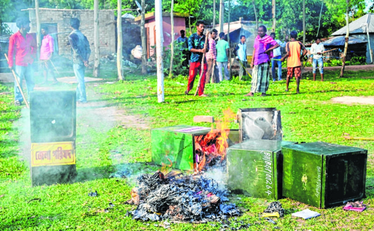 Violence mars Bengal rural polls