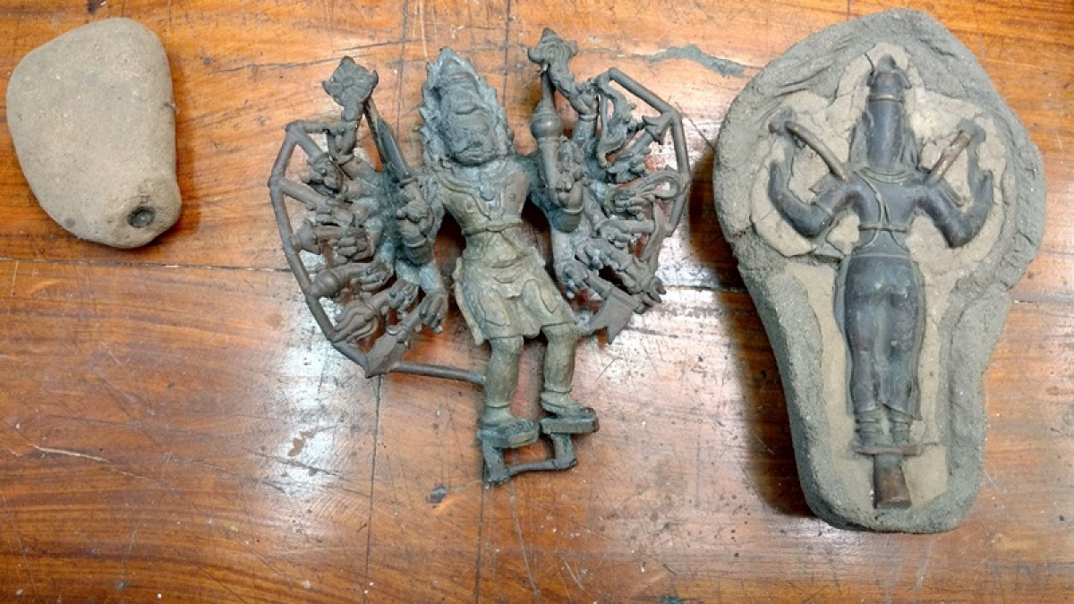Stages in the Lost-Wax Sculpting Technique for sculpting bronze idols
