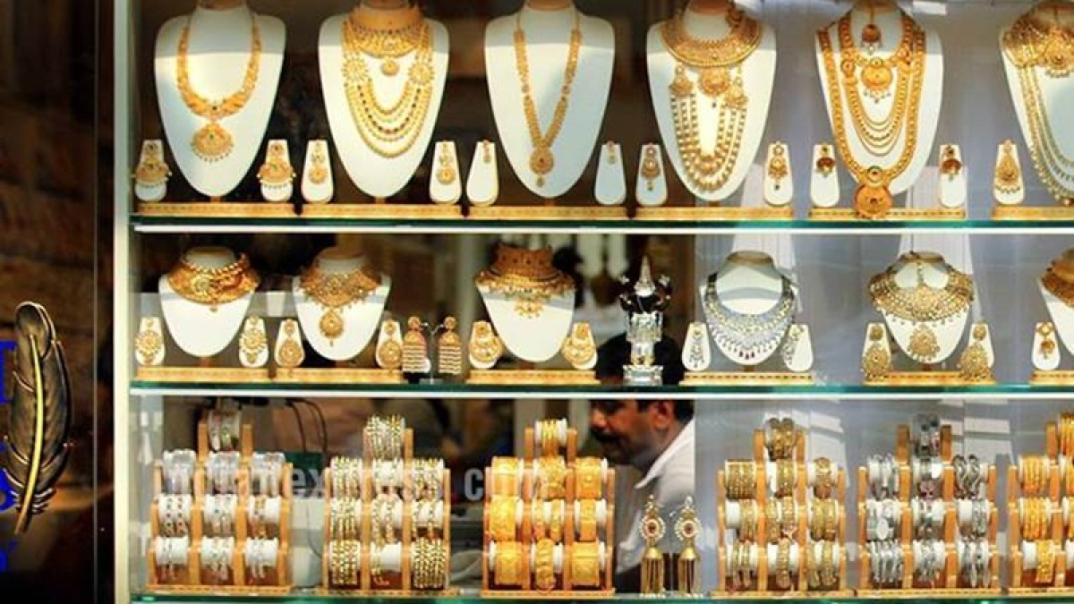 Gold on the backfoot as risk appetite increases