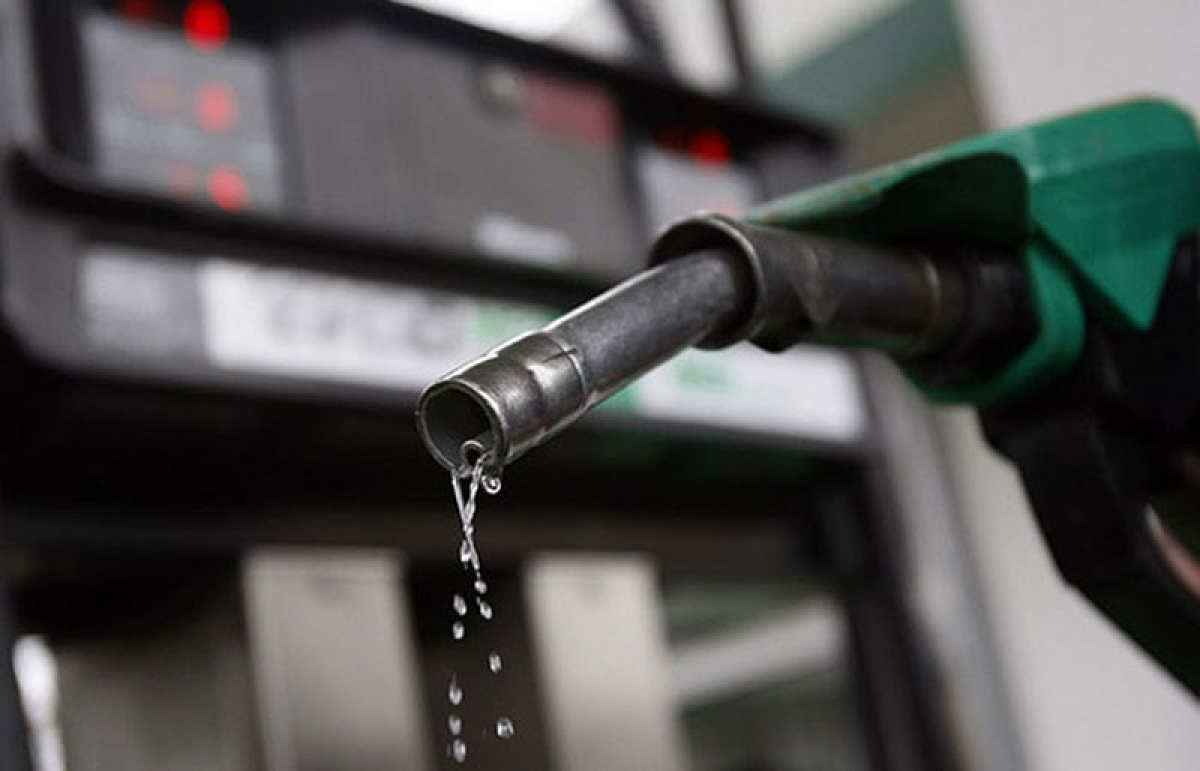 Fuel Price Hike: Petrol price hiked again by Rs 0.22 per litre, diesel by Rs 0.28
