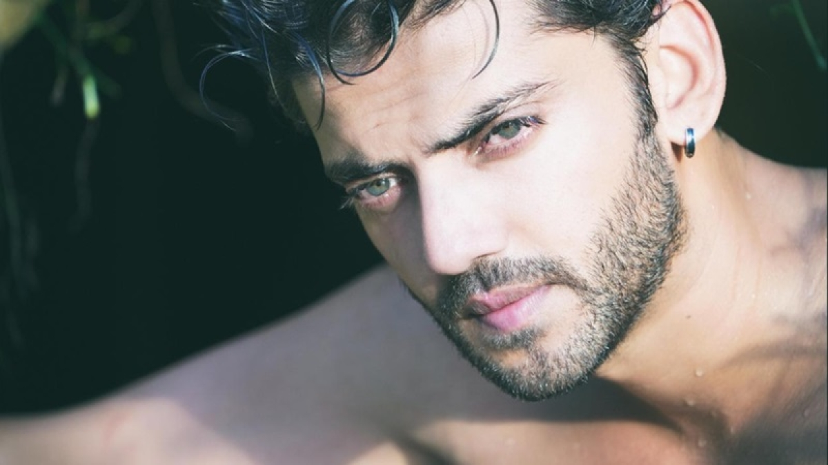 Salman Khan makes yet another discovery for Bollywood-Zaheer Iqbal