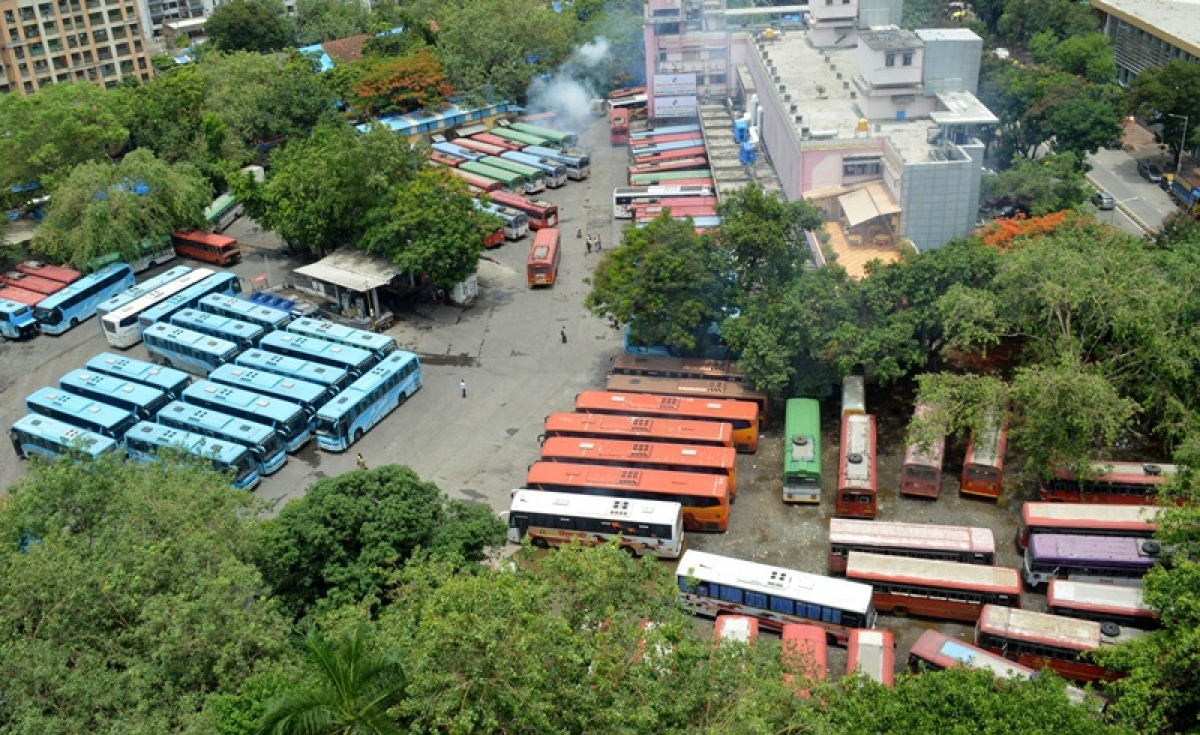 Mumbai: Passengers suffer as MSRTC drivers go on a flash strike