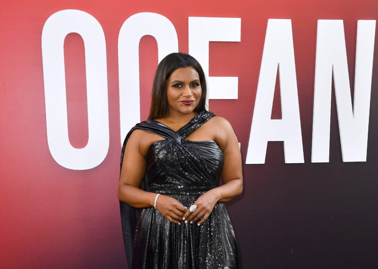 US actress Mindy Kaling arrives for the world premiere of Ocean's 8 on June 5, 2018 in New York.                              Ocean's 8 will be released nationwide on June 8, 2018.  / AFP PHOTO / ANGELA WEISS