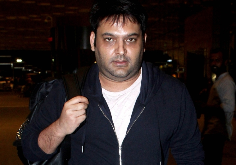 Kapil Sharma spotted at Mumbai airport, his transformation will leave you baffled; see pics and videos