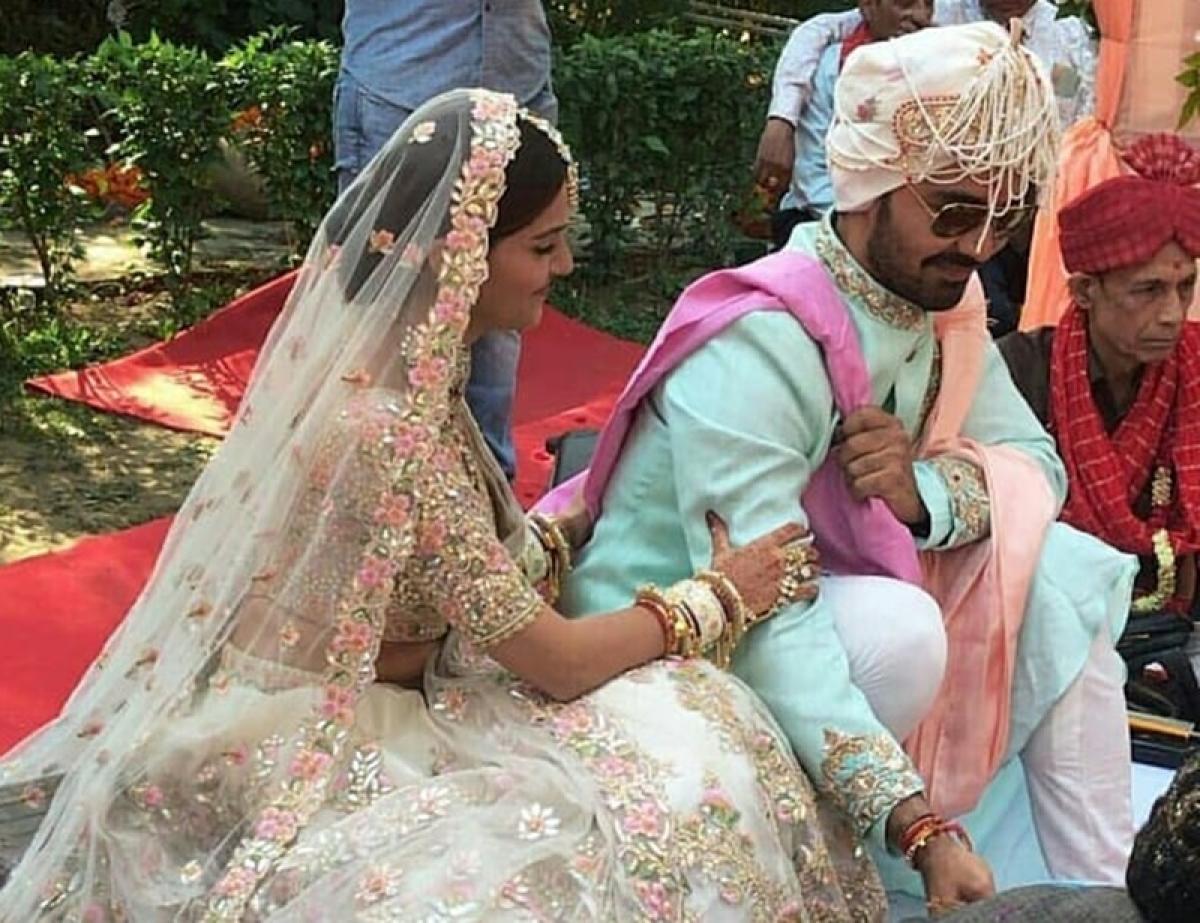 See Pics: Rubina Dilaik-Abhinav Shukla's fairy-tale wedding is hard to miss!