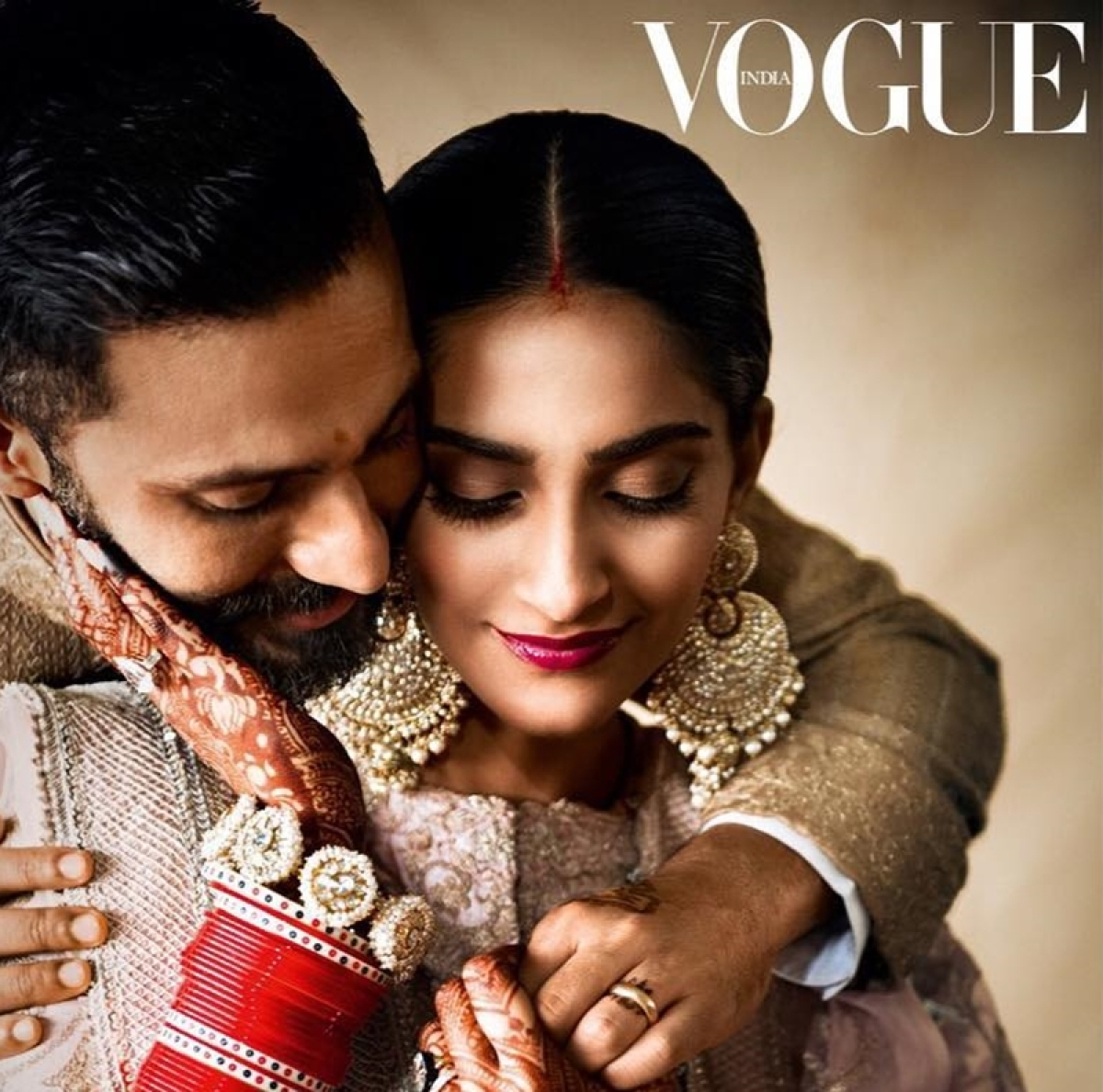 """I wore the worst sneakers on my first date with Anand Ahuja"", says fashionista Sonam Kapoor"