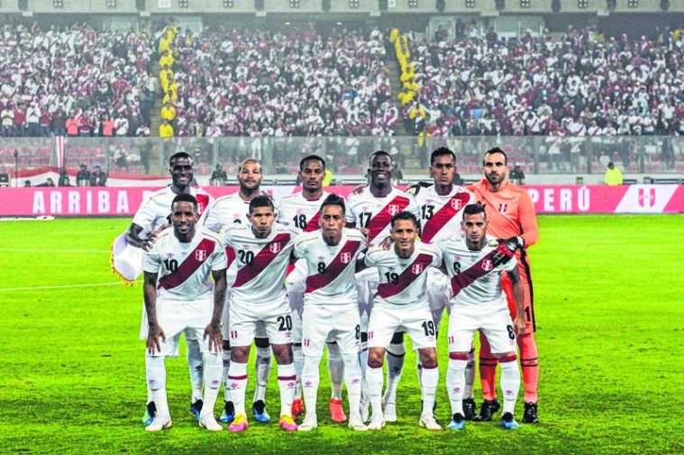 e03c38608 The Peruvian national football team poses for a picture before the friendly  match against Scotland at