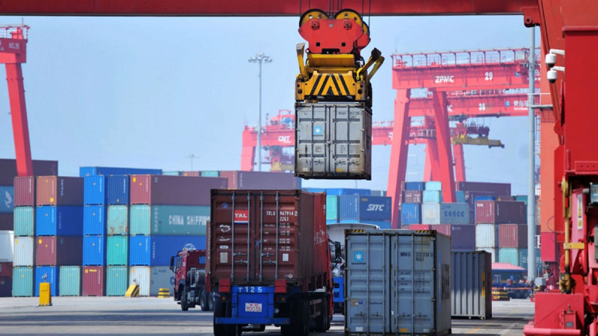 COVID-19: Major ports to waive-off all charges for ships carrying oxygen, related equipment cargo for three months, says Ministry of Ports