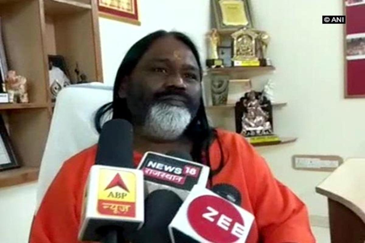 Daati Maharaj questioned by Crime Branch in rape case
