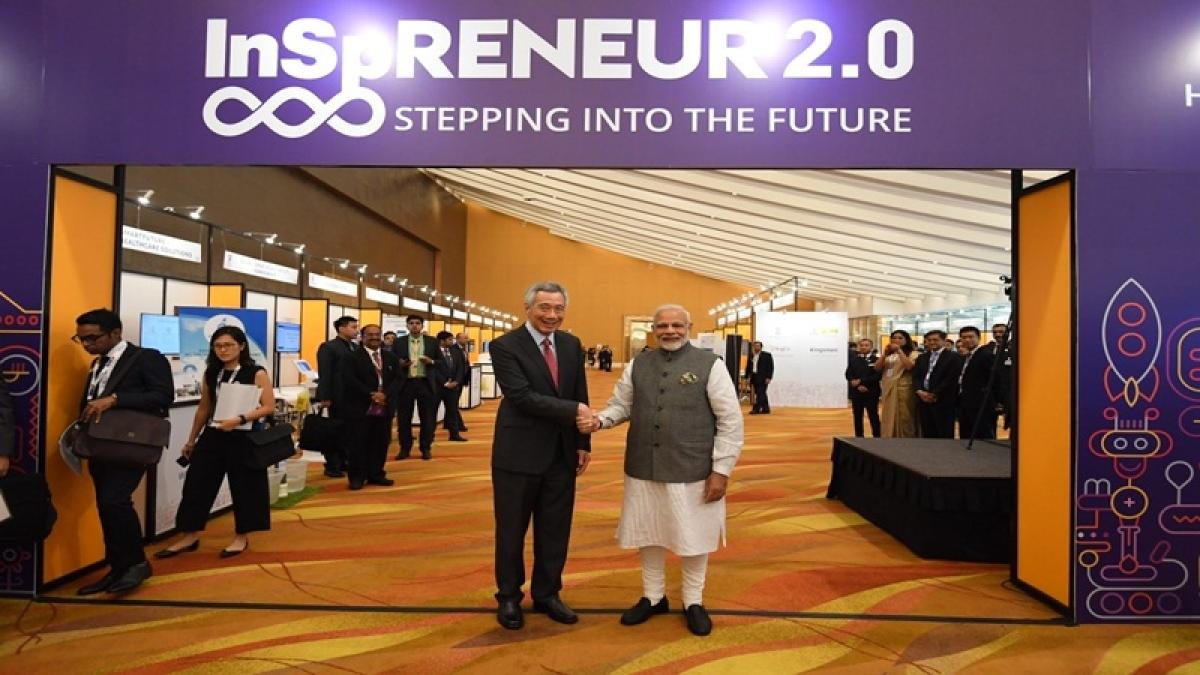 PM Narendra Modi accorded ceremonial welcome at Singapore