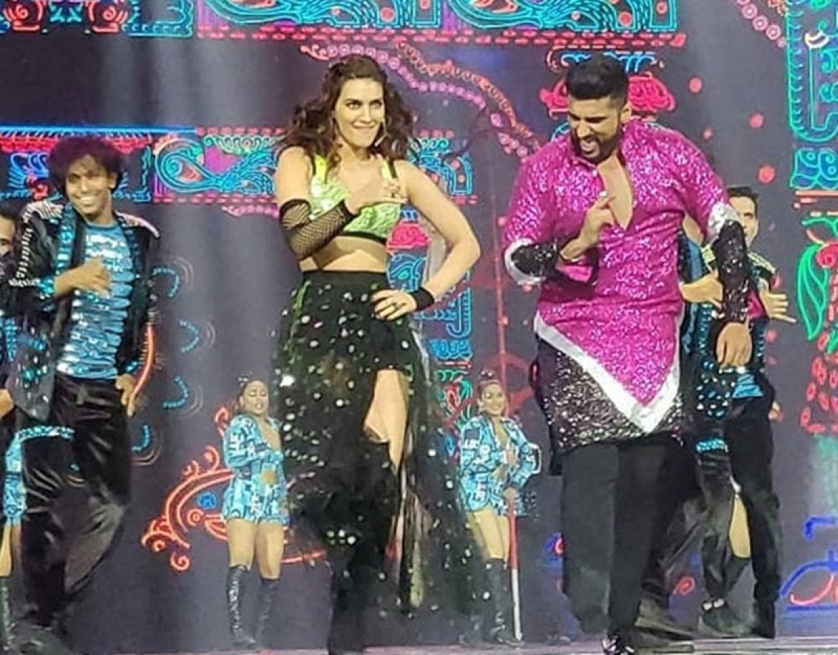 IIFA 2018: Arjun Kapoor, Kriti Sanon, Varun Dhawan, Shraddha Kapoor sizzle on the grand night