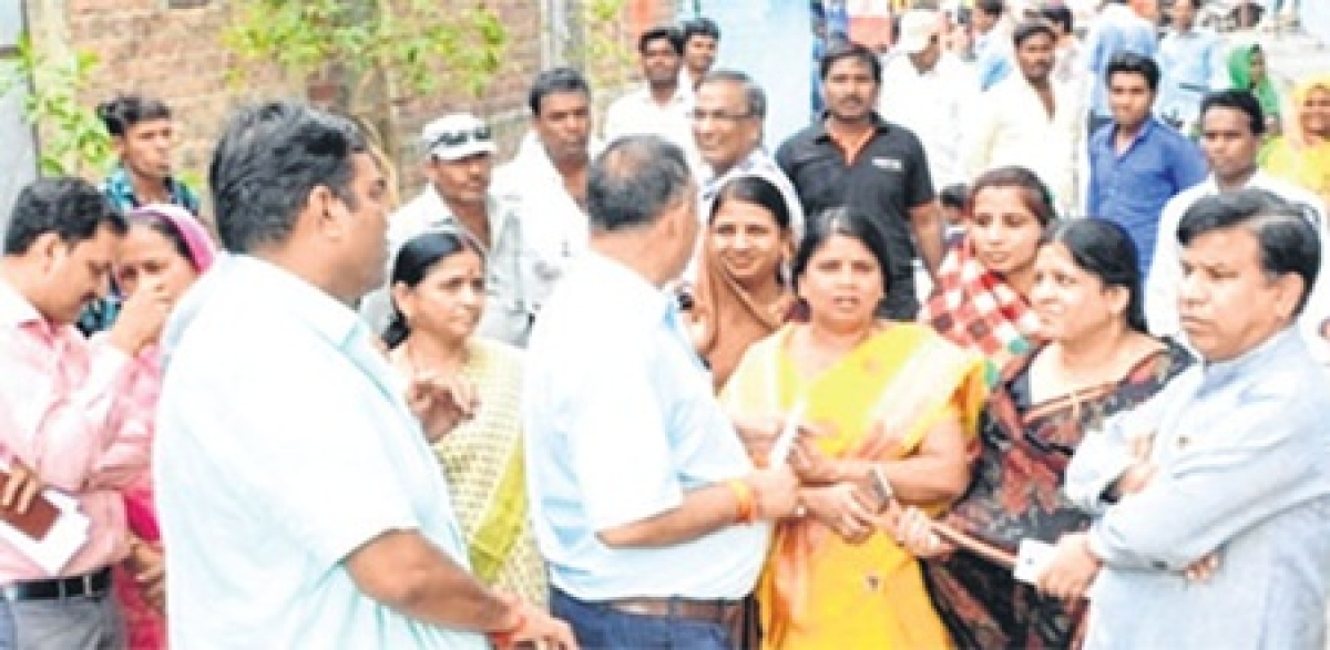 Ujjain: Mayor inspects preparations for PM Modi's digital dedication of residences