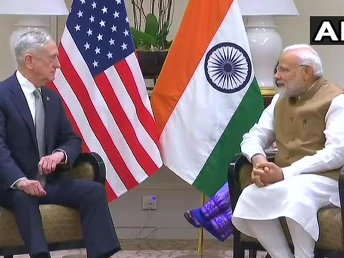 PM Narendra Modi meets US Defence Secretary in Singapore