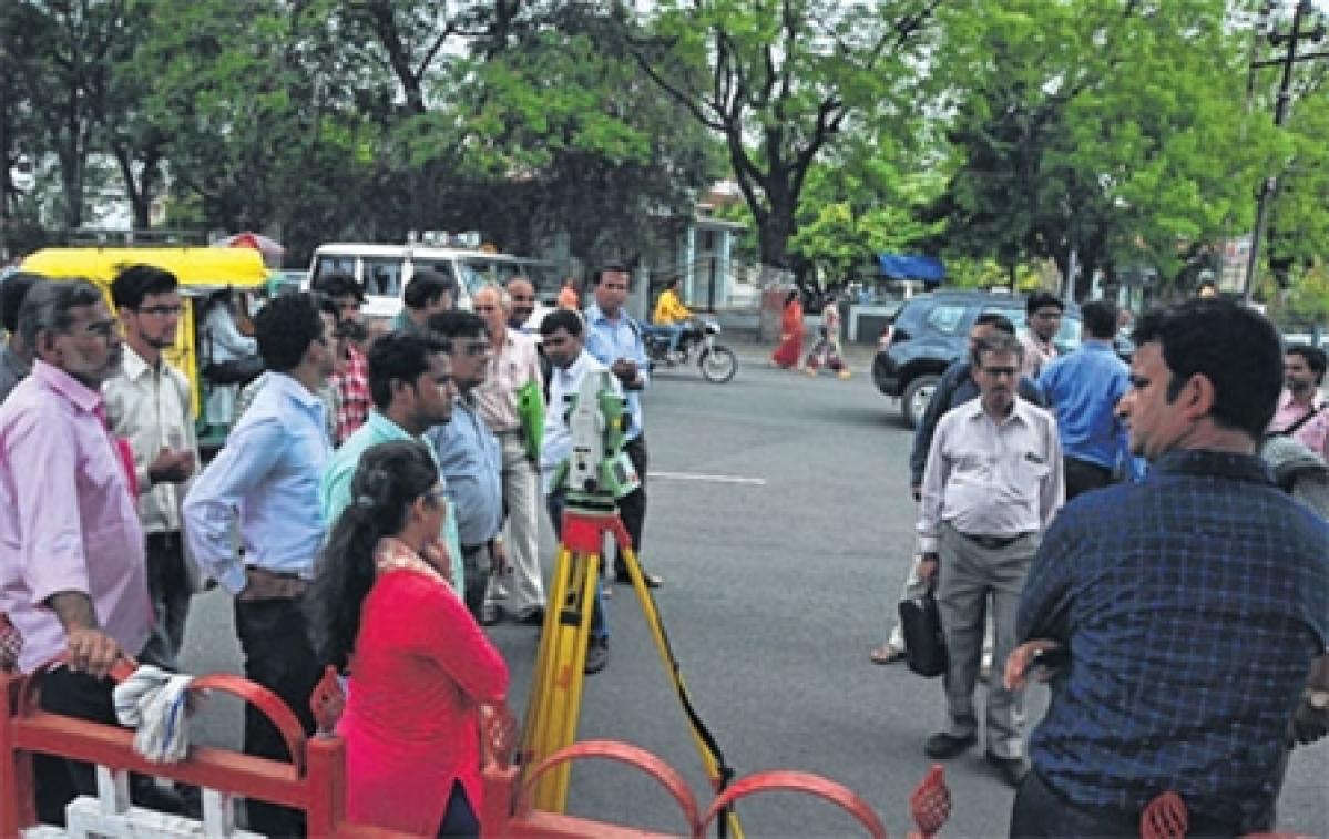 Ujjain: Officials demarcate government land