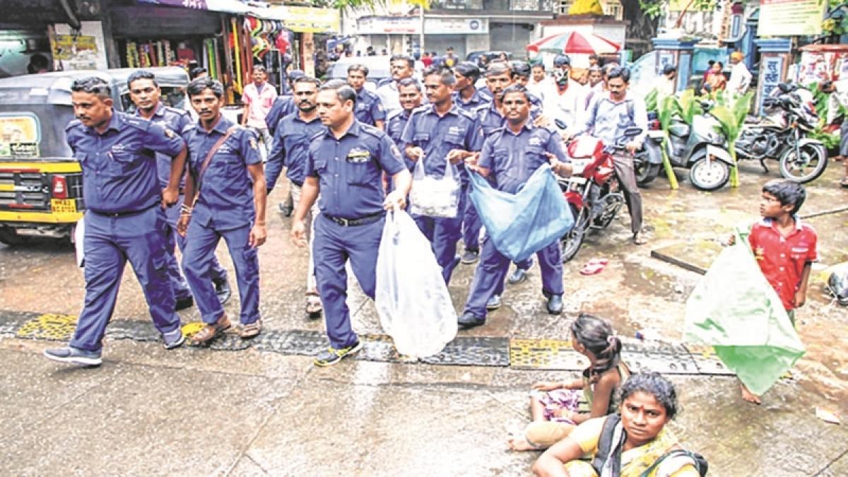 Mumbai Plastic Ban: Retailers' association threatens strike