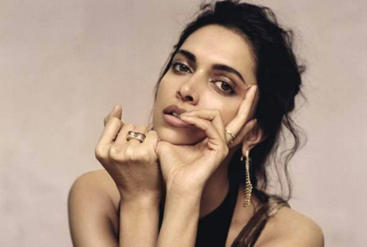 Deepika Padukone fans shut down trolls for commenting negatively about her photo with ex Ranbir Kapoor