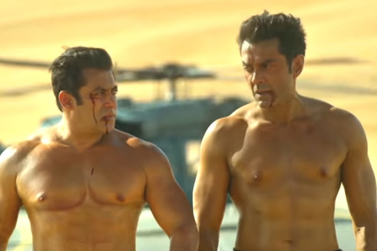 Race 3: Sofia Hayat grossed out over Salman Khan and Bobby Deol's shirtless scene